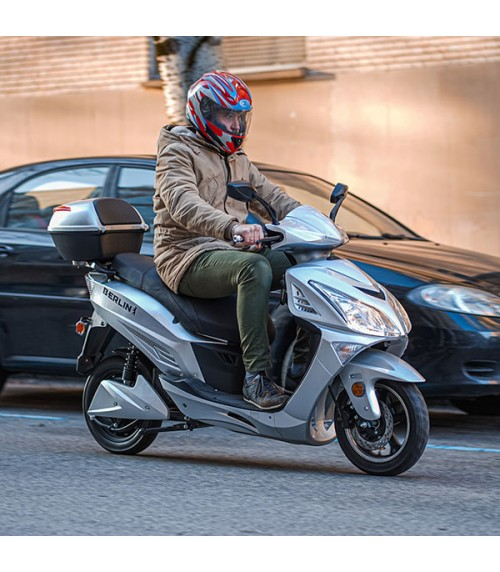 Scooter Electrique 50cc 2000W 72V BERLIN